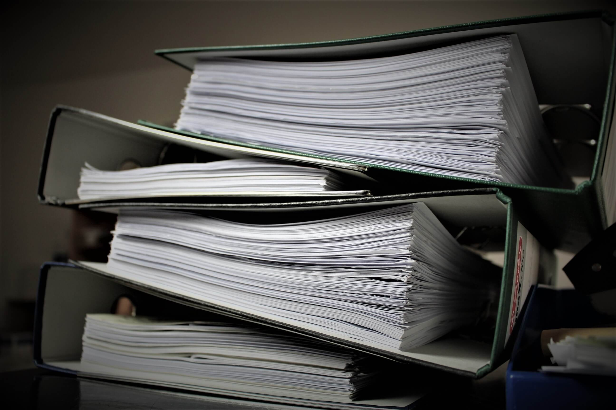 baudziamoji-byla-dokumentai-segtuvai.jpeg