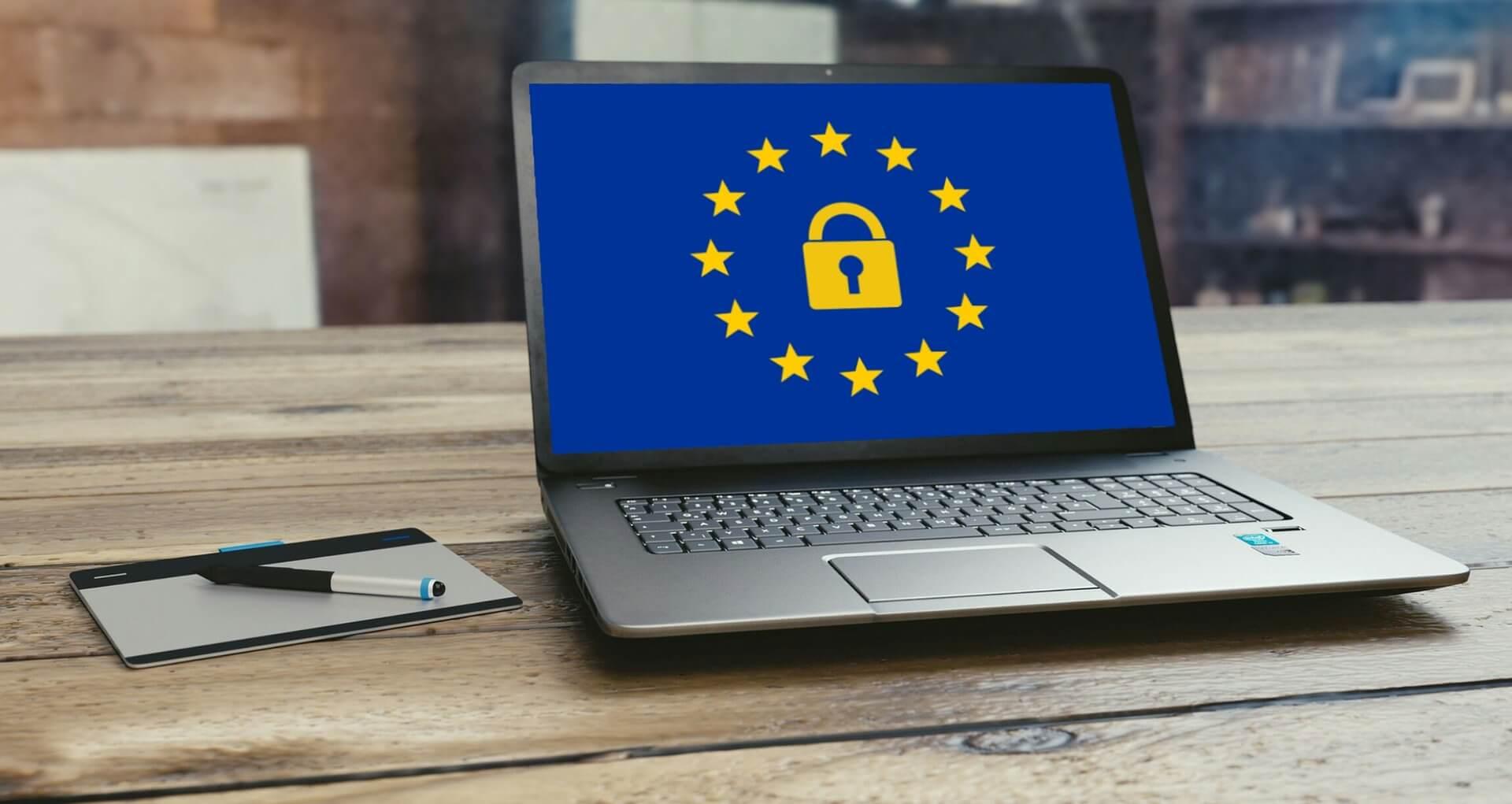 kompiuteris-asmens-duomenu-apsauga-ES-.jpg